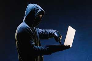 危険性③悪質な詐欺業者が存在する