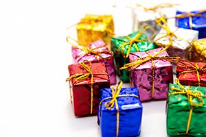 バイナリーオプションツールノーカット取引でも使った重要ファンダ予想が出来る一覧表を無料プレゼント